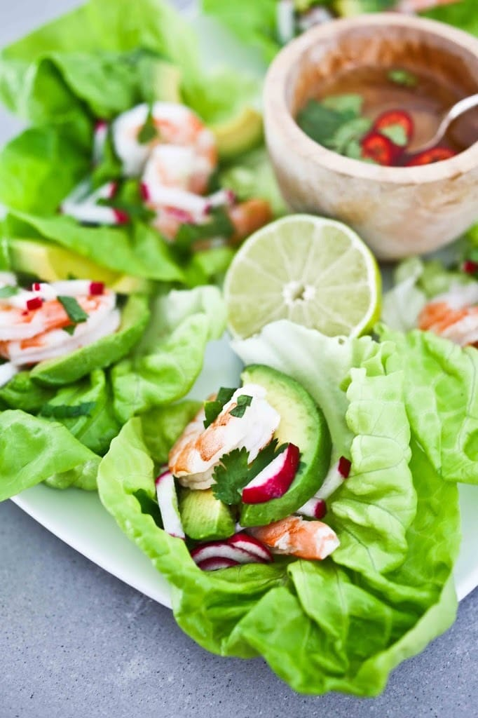 Vietnamese-style Shrimp Lettuce Wraps with Nuoc Cham, a light and refreshing appetizer, perfect for hot summer days. Flavorful, healthy and low in carbs and calories. #shrimp #shrimpappetizer #lowcarb #shrimpwrap #lettucewrap