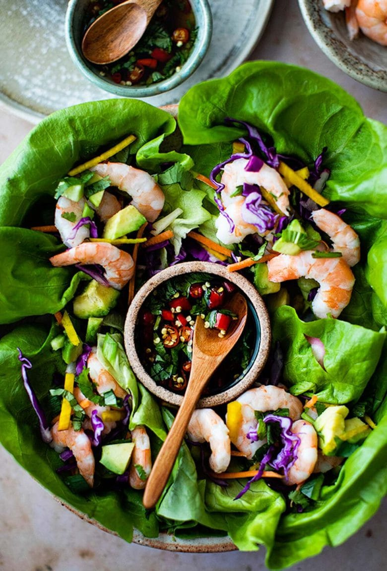 Vietnamese Shrimp Lettuce Wraps with Nuoc Cham, a light and refreshing appetizer, perfect for hot summer days. Flavorful, healthy and low in carbs and calories.#shrimp #shrimpappetizer #lowcarb #shrimpwrap #lettucewrap