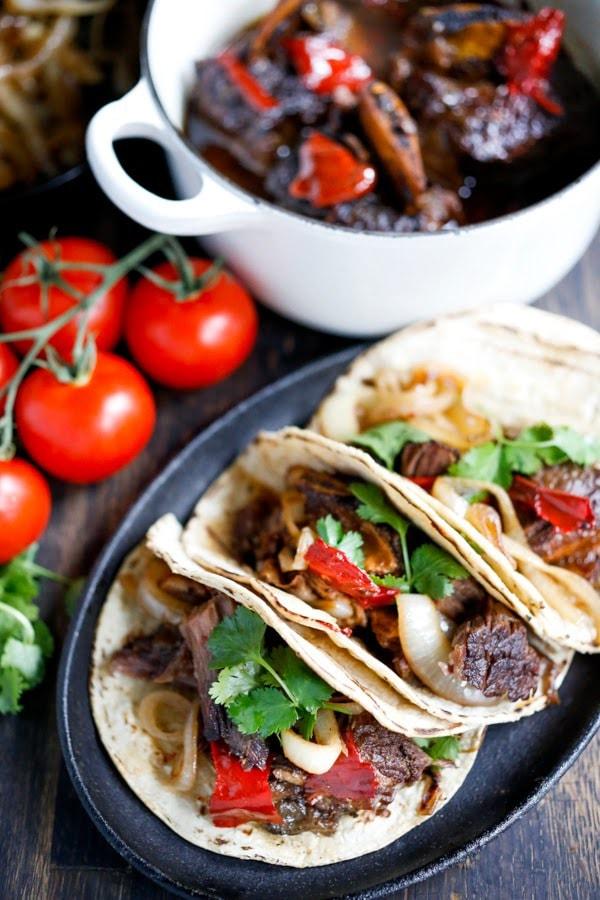 20 COMFORT FOOD RECIPES |Mexican short ribs made into tacos