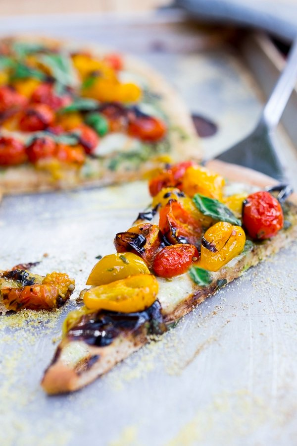 Caprese Pizza with Oven Roasted Tomatoes | www.feastingathome.com