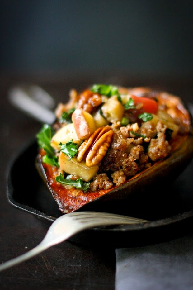 Stuffed Acorn Squash + 10 cozy, Rut-Busting Fall recipes to help inspire us to break us out of the habit of making the same old things this fall! | www.feastingathome.com