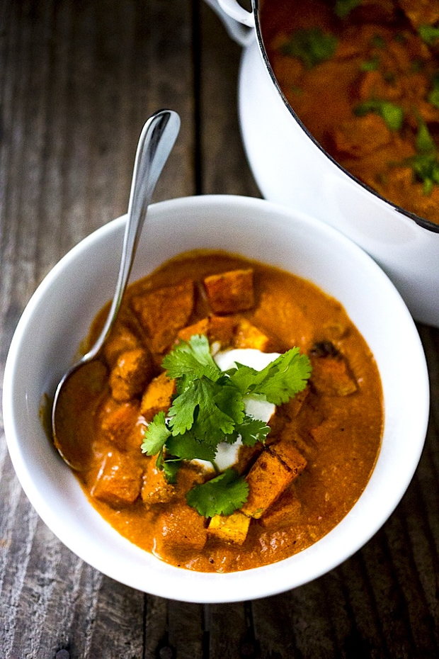Butternut Tikka Masala + 10 cozy, Rut-Busting Fall recipes to help inspire us to break us out of the habit of making the same old things this fall! | www.feastingathome.com