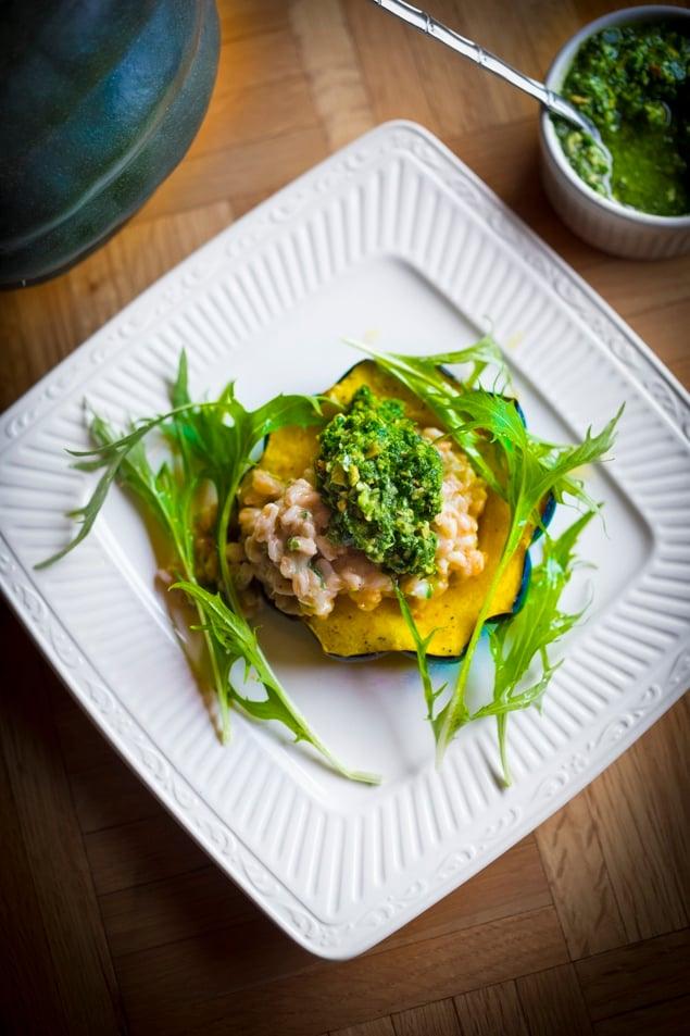 Farro Risotto with roasted acorn squash and Radish Top Pesto- a delicious vegetarian main course, perfect for fall! #farrorisotto #farro #vegetariandinner #fallrecipes