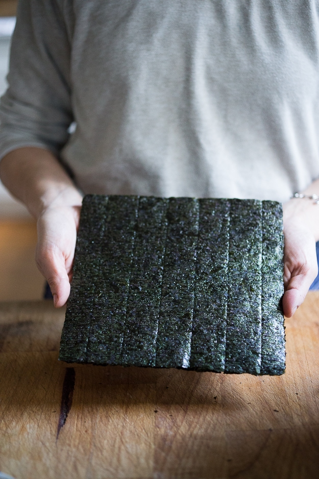 How to throw a Temaki Party - a simple, affordable Japanese inspired, crowd friendly meal! | www.feastingathome.com