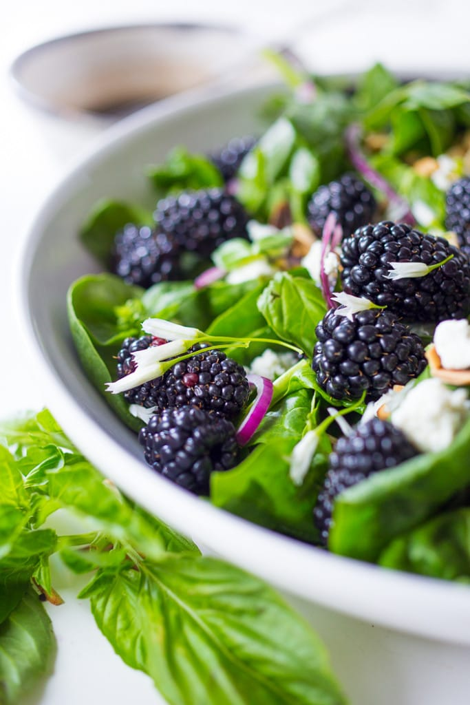 refreshing Blackberry, Spinach and Basil Salad with crumbled goat ...
