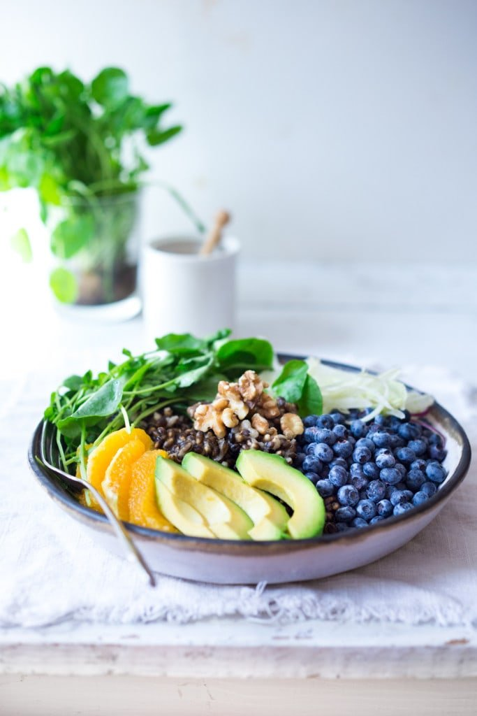 Vegan Glow Bowl- a healthy, hearty salad loaded with fruits and vegetables that make the most impact on your skin, giving you a healthy glow! Vegan and delicious! | www.feastingathome.com
