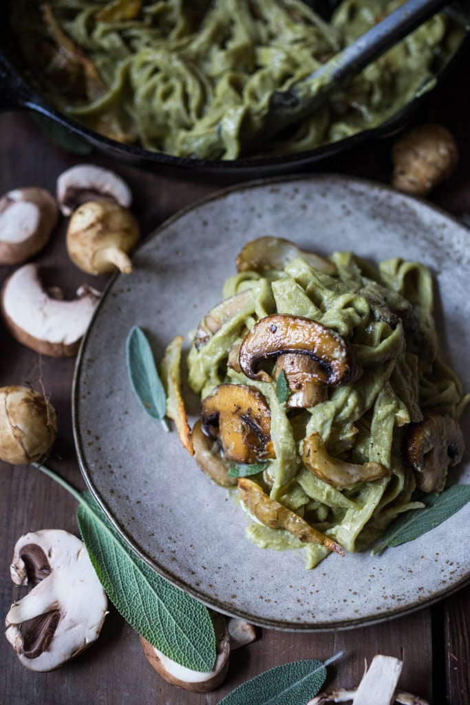 Vegan Mushroom Pasta with roasted sunchokes and a creamy vegan artichoke heart sauce ( use canned or frozen) that can be made in under 30 minutes! Delicious, healthy and totally vegan. #mushroompasta #veganpasta #roastedsunchokes #veganrecipes #plantbased #cleaneating #eatclean #vegan #sunchokerecipes #healthypastarecipes #artichoke #artichokesauce