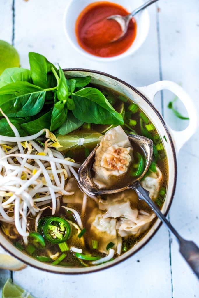 PHOTON SOUP! Vietnamese Pho meets Wonton Soup - a fast and flavorful soup can be made in 15 minutes flat! Healing, nourishing and flavorful. | #pho #wontonsoup #wontons #soup #phosoup www.feastingathome.com