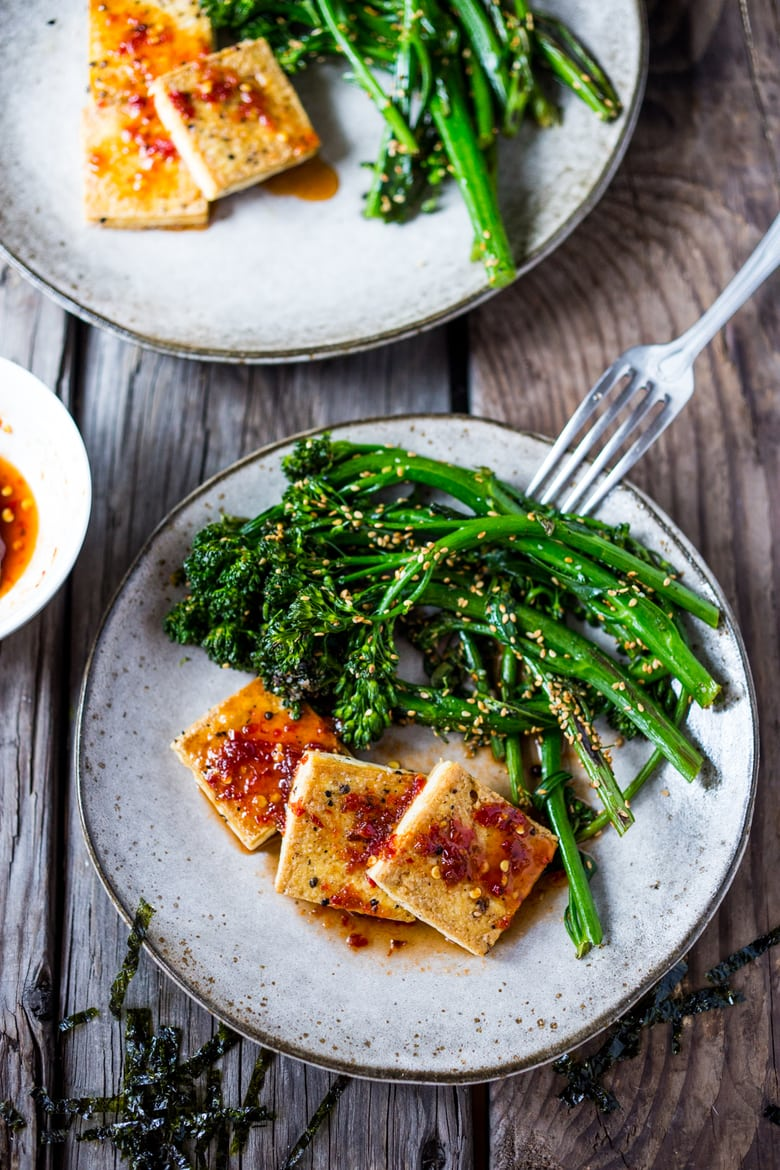 chili garlic tofu with broccolini