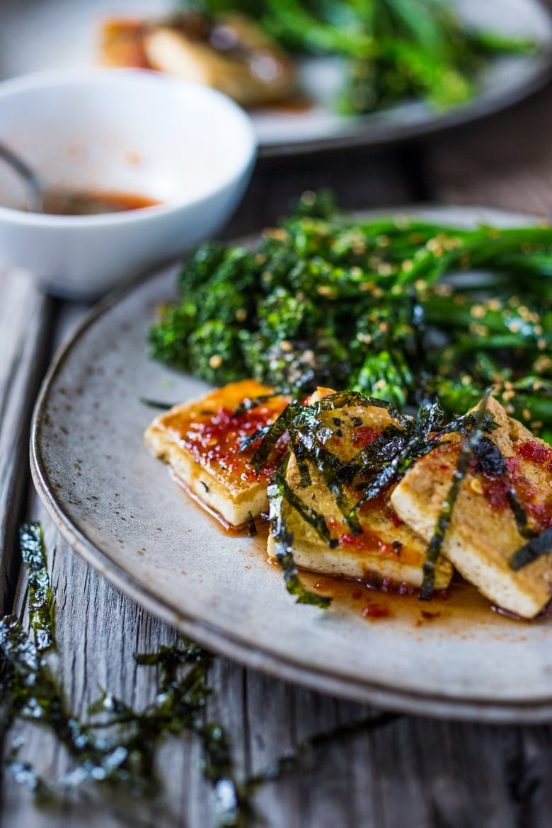 Garlic Chili Tofu with Sesame Broccolini- a delicious and fast, 15 minute dinner that is vegan and gluten free. Healthy & Yummy! | www.feastingathome.com