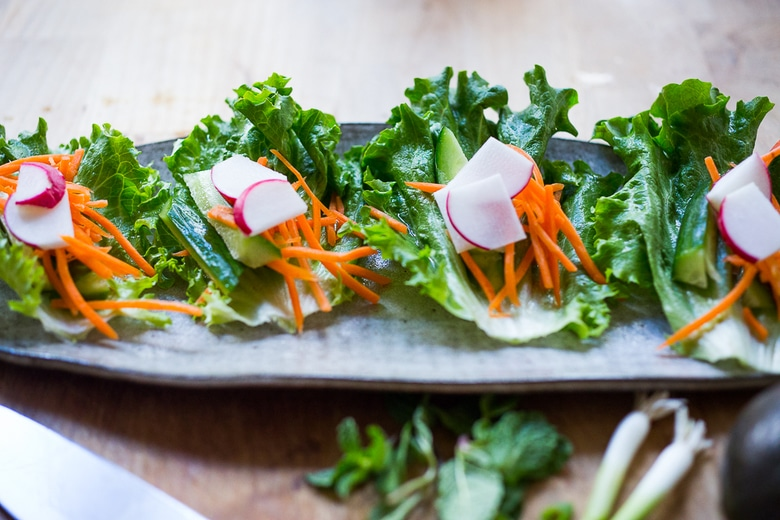 Fresh and healthy Vietnamese chicken lettuce wraps with veggies and Nuoc Cham | www.feastingathome.com