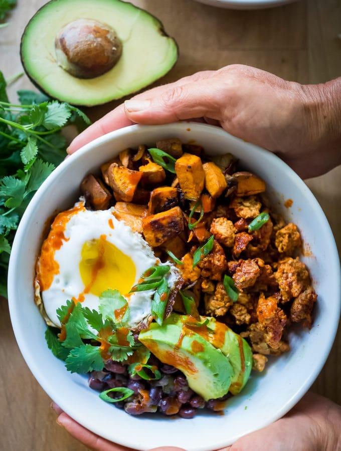 Healthy Yummy Mexican Breakfast Bowls   www.feastingathome.com