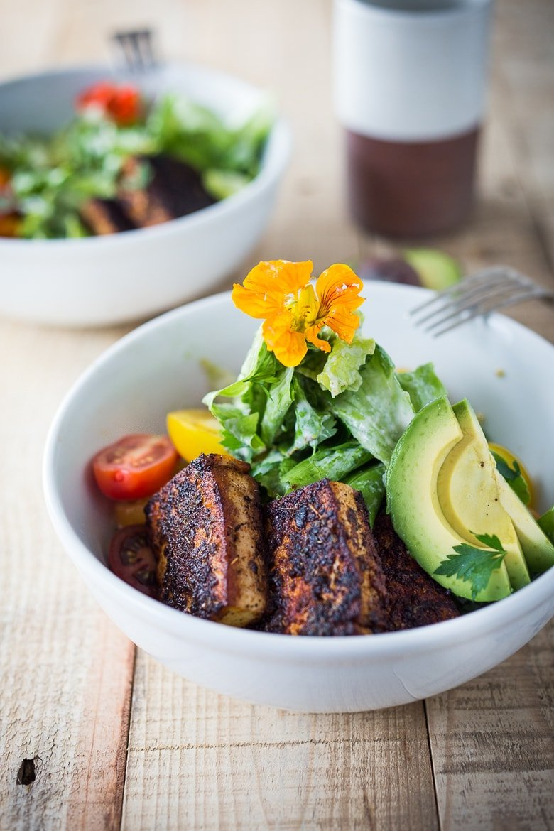 Blackened Cajun Tofu Caesar Salad with crispy seared tofu and a creamy tangy vegan caeasar dressing - easy to make and full of flavor!