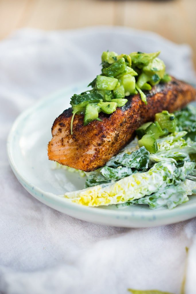 20 Summer Dinners Recipes |Grilled Salmon Salad with Avocado Cucumber Relish| www.feastingathome.com