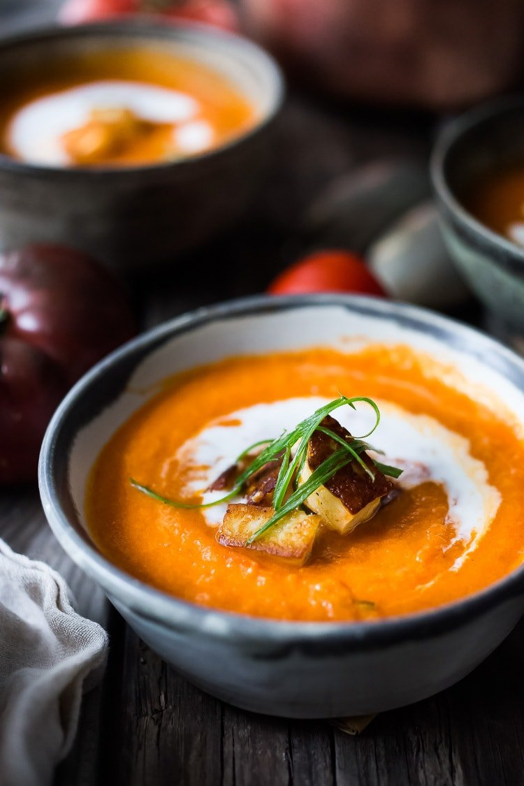 20 Cozy Vegetarian Fall Dinners! Homemade Tomato Soup with fresh summer tomatoes, topped with crispy Halloumi Croutons. (Kind-of like having a grilled cheese sandwich on the side, but without the bread! ) #lowcarb, #keto #ketosoup #tomatosoup #halloumi #lowcarbsoup |www.feastingathome.com | #tomatosoup #soup #vegetarian #haloumi #roastedtomatoes #roastedtomatosoup