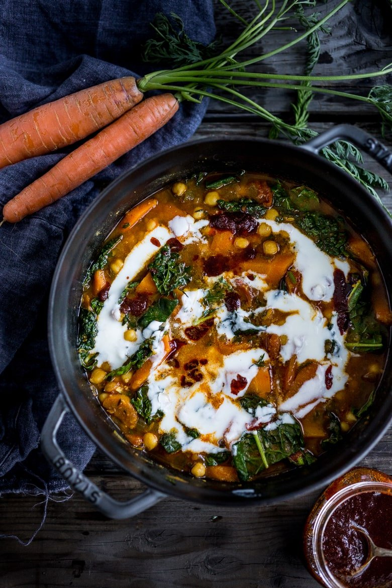 20 Vegetarian Dinner Recipes for Fall! Tunisian Chickpea Stew with Carrots, turmeric, harissa and Yogurt! A healthy vegetarian dinner recipe, perfect for fall! PLUS 15 COZY FALL RECIPES that are VEGETARIAN! | #chickpeastew #vegetarianstew #vegetariandinnerrecipes #fallrecipes #
