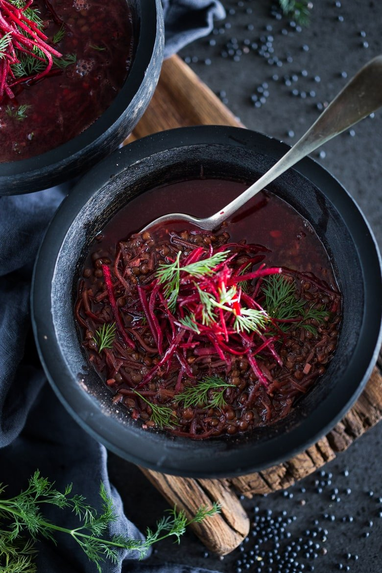25 BEST Lentil Recipes! |Lentil Beet Soup -a simple healing vegan soup, packed full of antioxidants that aid the liver in healing our bodies. Vegan, GF | #lentilbeetsoup #vegansoup