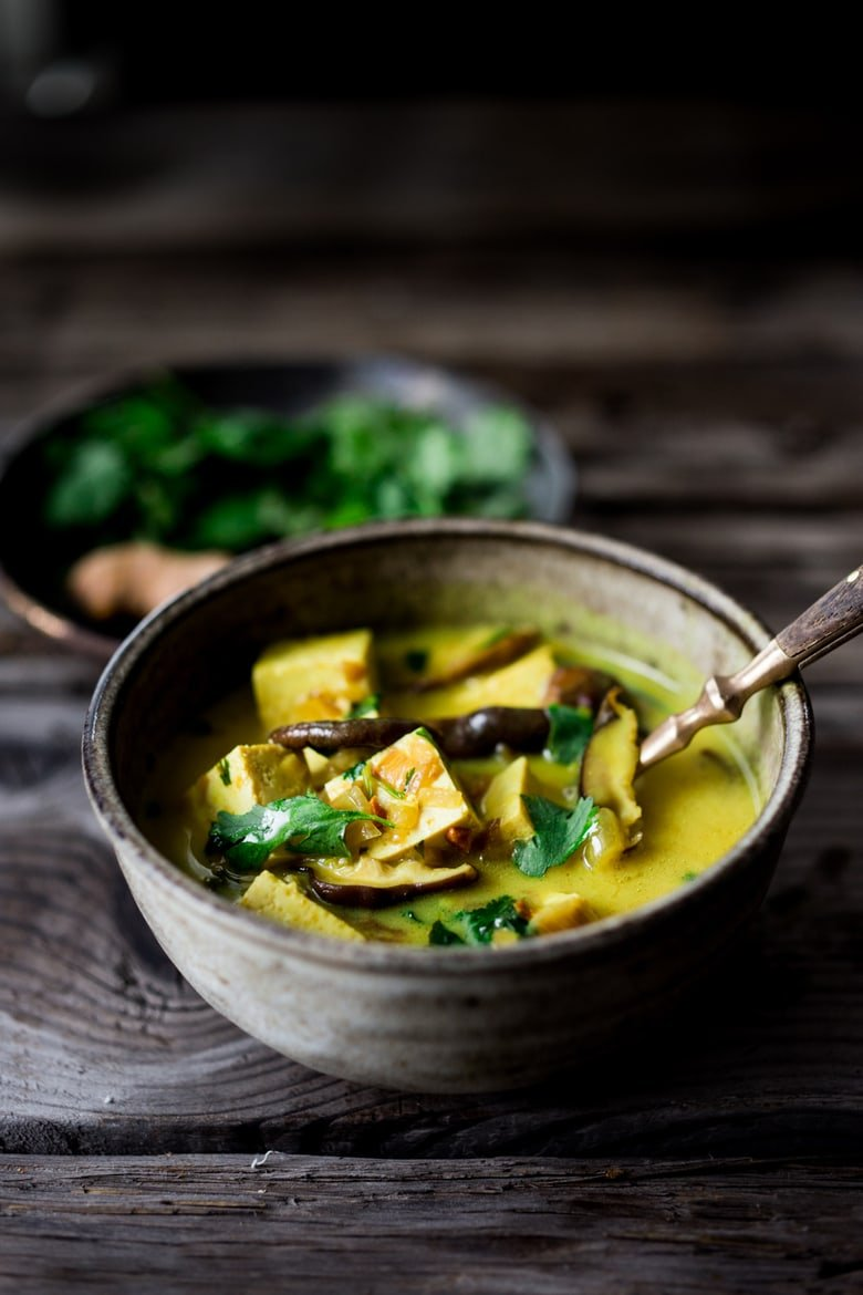 Turmeric Coconut Tofu with Shiitakes, a quick flavorful meal with detoxing turmeric. Can be made in 20 minutes! | #tofu #tofurecipes #shiitake #coconut #curry