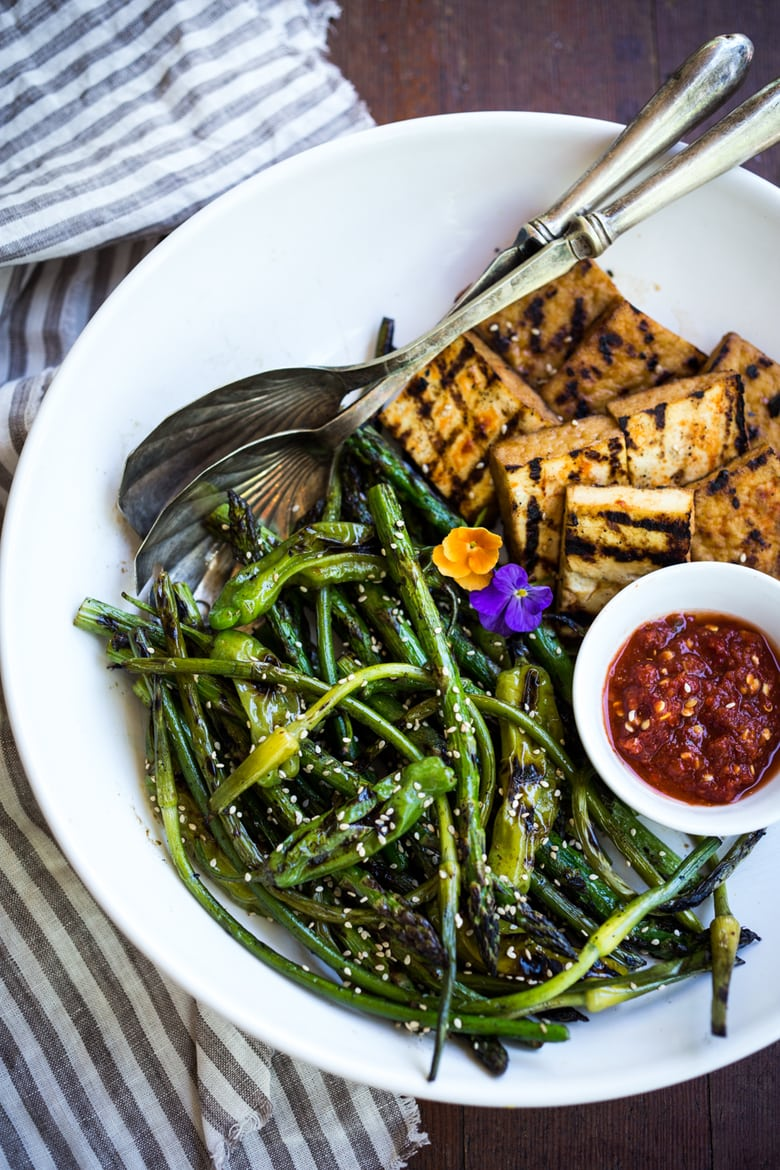 50 MUST-TRY FARMERS MARKET RECIPES! |Grilled Garlic Scapes, Asparagus and Shishito Peppers with Sesame - a vegan, gluten-free adaptable side dish, perfect for summer! | www.feastingathome.com