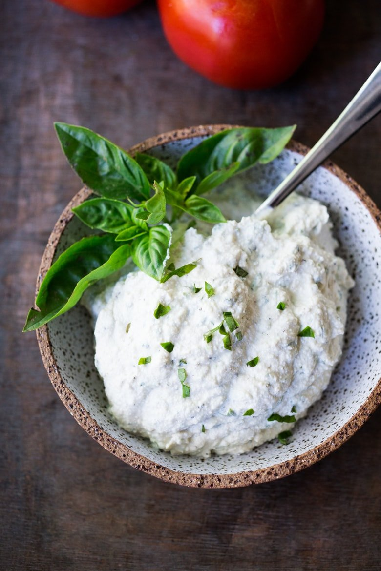 Tofu Ricotta - a vegan, nut-free, low calorie alternative to ricotta cheese, perfect for lasagna, cannelloni, and other baked dishes! #vegancheese #tofuricotta #veganricotta | www.feastingathome.com
