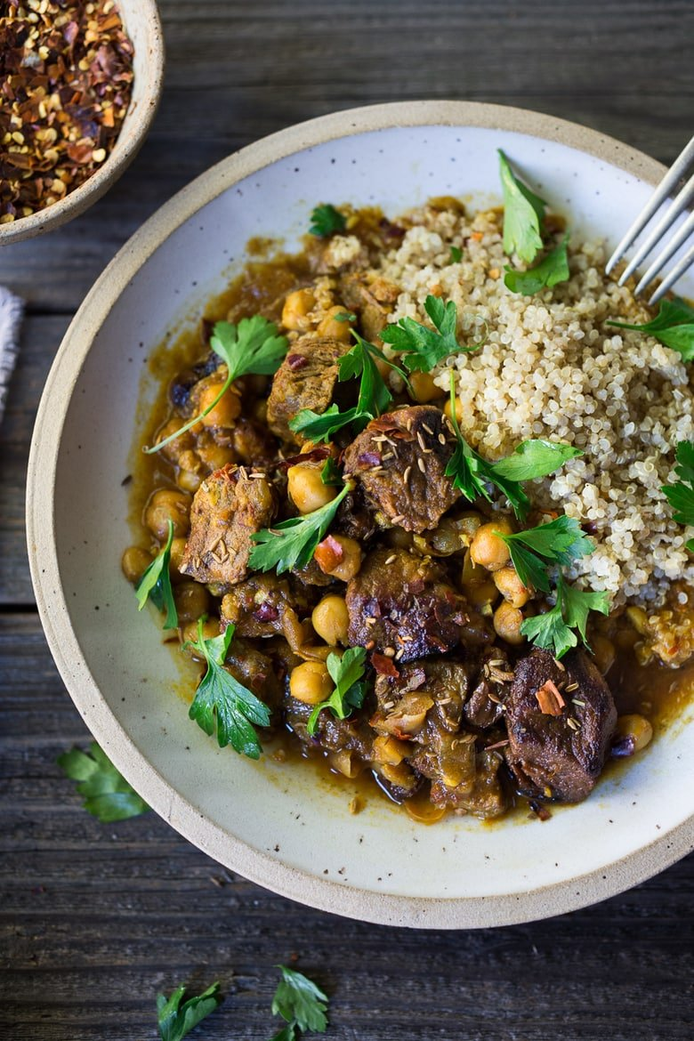 20 COMFORT FOOD RECIPES   Middle Eastern Lamb Stew made in and Instant Pot. Comforting and flavorful! #instantpot #lambsstew