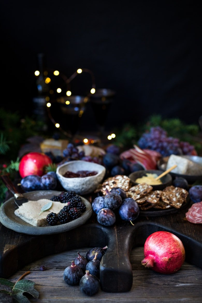 Light a candle, get cozy, pour some mulled wine and invite your friends over to enjoy the spirit of the season with this Winter Solstice Board.