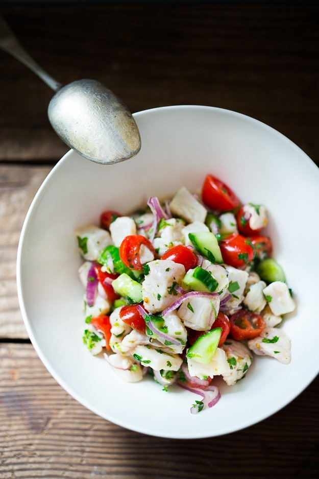 How to make Ceviche! Delicious, easy and healthy this version of Ceviche is made with everyday ingredients! #ceviche #cevicherecipe #fish #lowfat #lowcarb