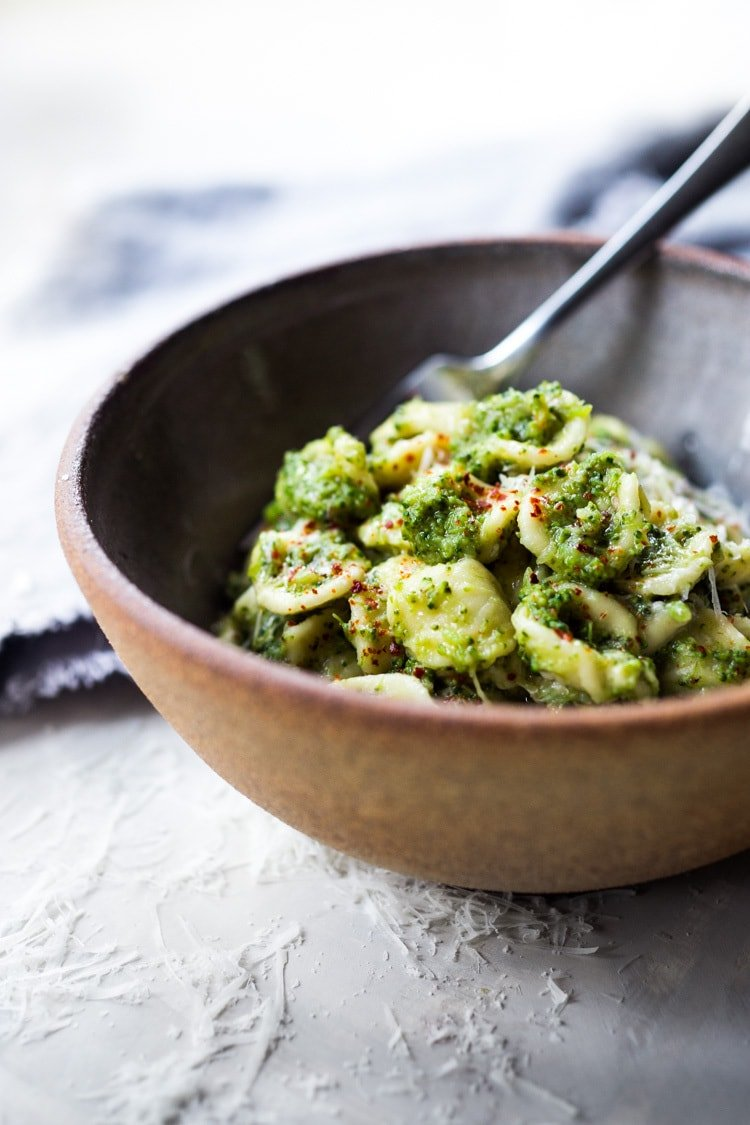 Orecchiette Pasta with Broccoli Sauce - a simple vegetarian pasta dish hailing from Tuscany that is easy to make, healthy and oh so delicious!| #Orecchiette #broccolipasta #orechiettepasta #broccolirecipes #vegetarian #pastarecipes #healthypastarecipes |www.feastingathome.com #feastingathome