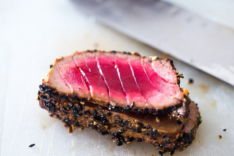 how to sear ahi tuna