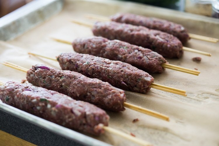 How to make lamb kebabs with ground lamb
