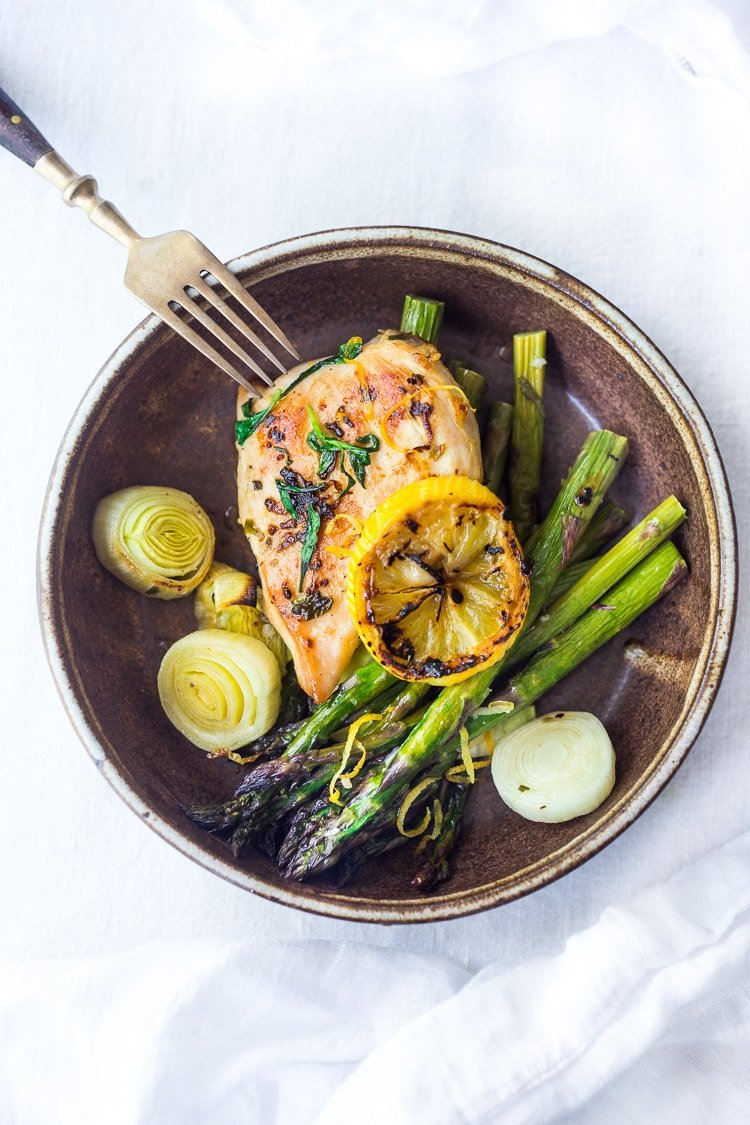 tarragon chicken with asparagus and leeks