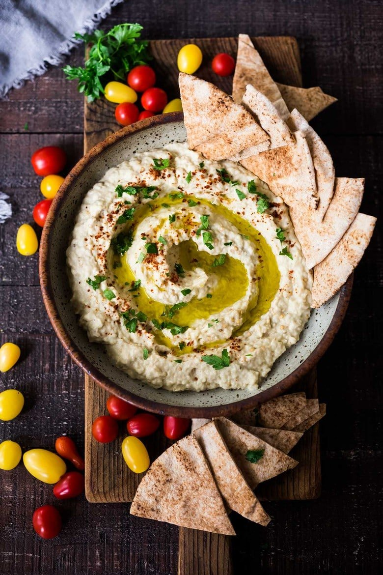 How to make the best, most authentic Baba Ganoush! Learn the one secret that will take your baba ganoush to the next level. Authentic, easy, healthy and so delicious! #babaganoush #eggplantdip