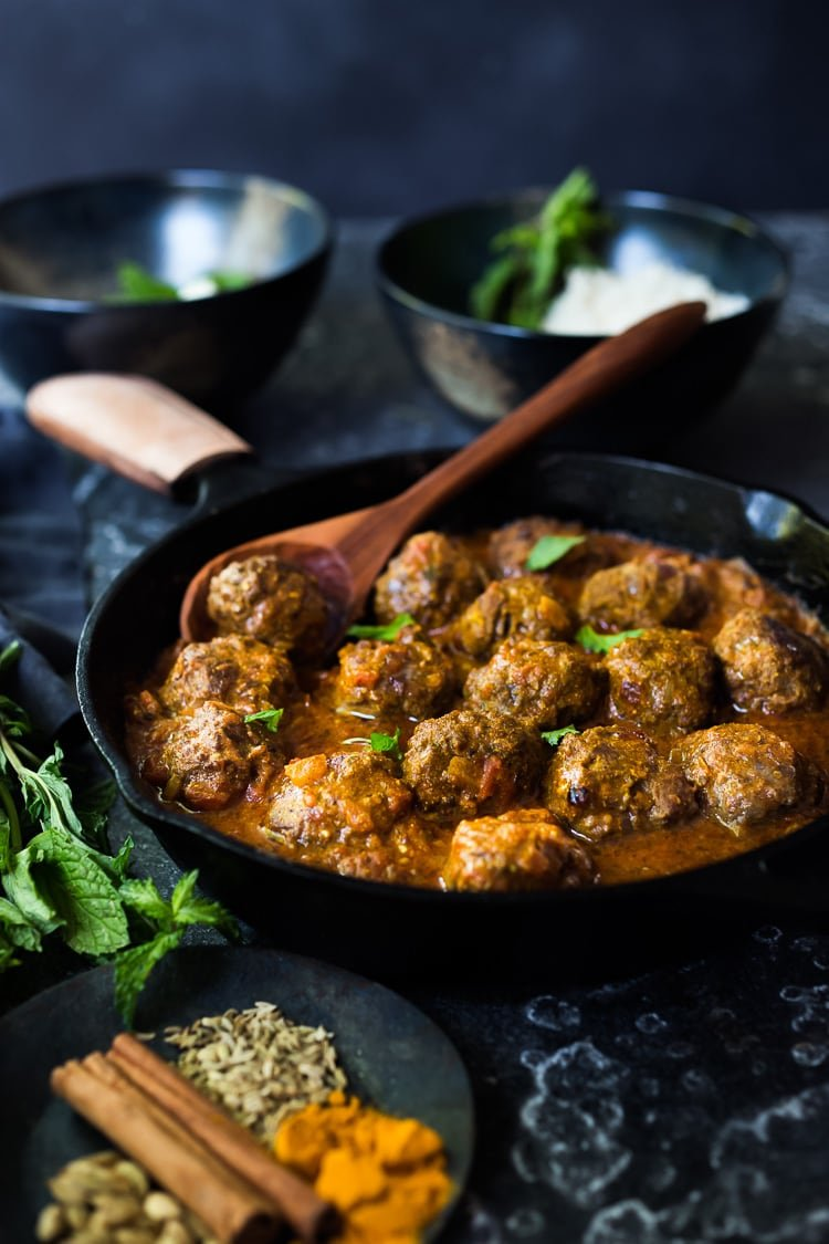 Lamb Meatballs with Indian Curry Sauce- a simple easy dinner that is full of flavor! Gluten-free, keto and Paleo! #lambmeatballs #lamb #meatballs #lambrecipes #keto #paleo #gluten-free #dinnerrecipes #indianrecipes #tikkamasala #currysauce #curry
