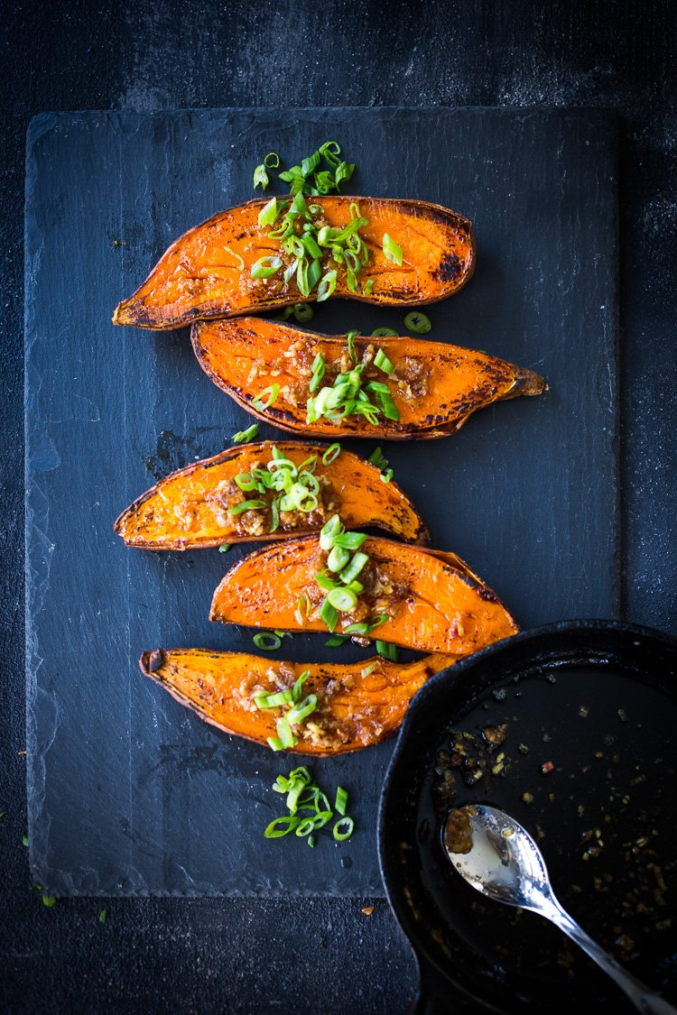 Kyoto Roasted Sweet Potatoes with Miso, Ginger and Scallions - an easy vegan side that is healthy and full of amazing flavor! #sweetpotatoes #yams #miso#roastedsweetpotatoes #vegan #cleaneating #plantbased #veganside