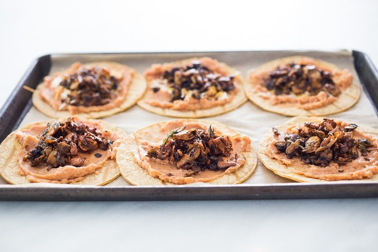 How to make jackfruit tacos on a sheet pan
