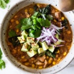 White Bean Chili with Jackfruit - vegan and can be made in an Instant Pot. #verde #veganchili #instantpotchili #jackfruit #jackfruitchili #chiliverde