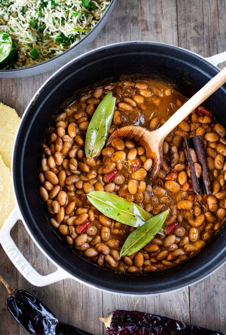 How to cook flavorful healthy vegan Mexican Pinto Beans on the stove top (or in Instant Pot). A simple easy recipe! #pintobeans