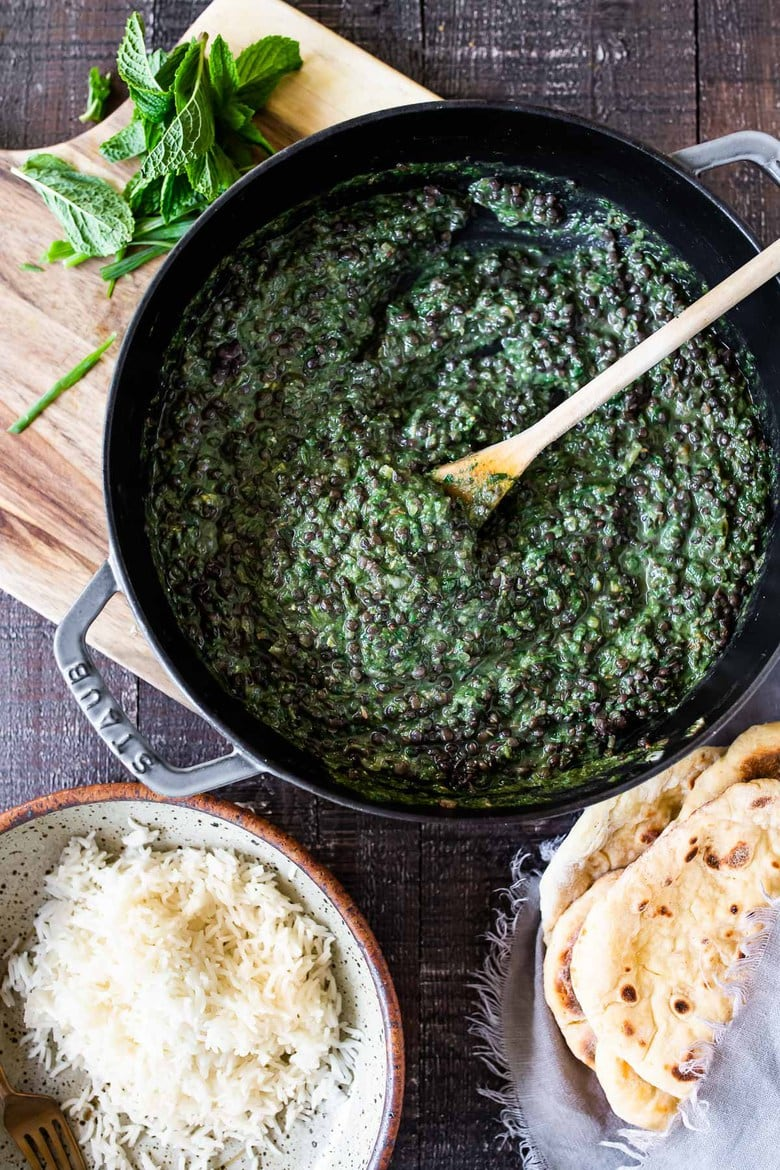 A simple healthy recipe for Spinach Lentil Dal in the most fragrant Spinach Sauce, infused with mint and Indian Spices. Authentic flavors!