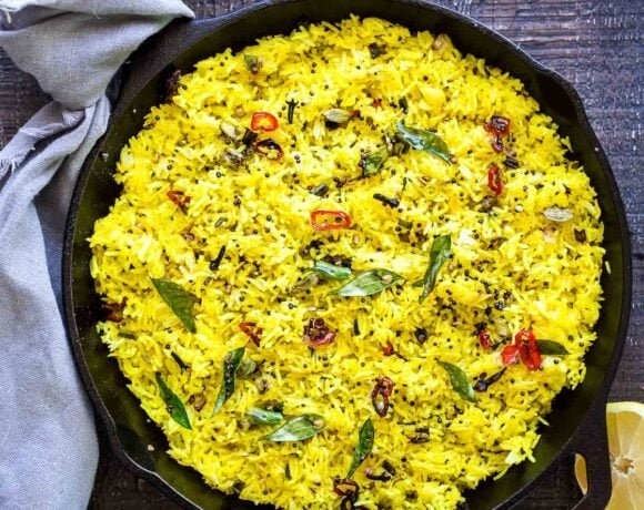 How to make Indian Lemon rice. Infused with Indian spices, this fragrant rice dish is the perfect side to your Indian meals. #lemonrice #indianrice #basmatirice