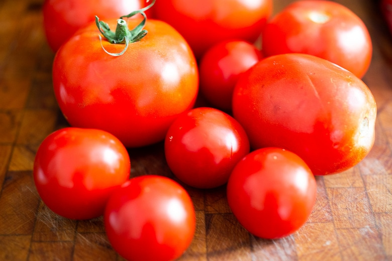 use fresh or canned tomatoes