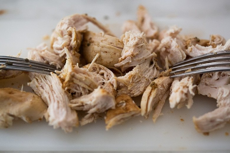 how to cook shredded chiclken in an Instant pot pressure cooker.