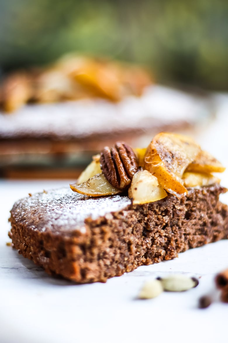 Chai-Spiced Pecan Torte with Roasted Pears - a subtly sweet spiced flourless cake using pecans as the base. A beautiful fall dessert, perfect for holiday gatherings, brunch or afternoon tea. #torte #pecantorte