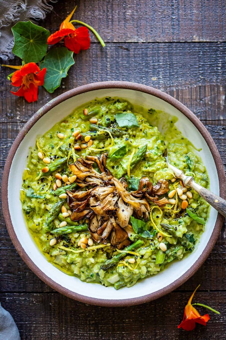 Lemony Asparagus Risotto with leeks and basil-light and creamy with vibrant color and flavor, perfect for spring! A tasty vegetarian meal, or beautiful base for fish, seafood or mushrooms! #asparagus #risotto #springrecipes