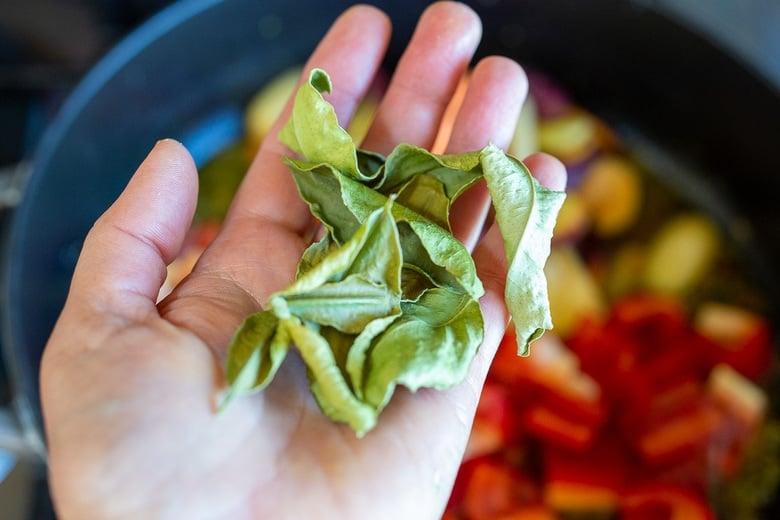 dried kaffir lime leaves
