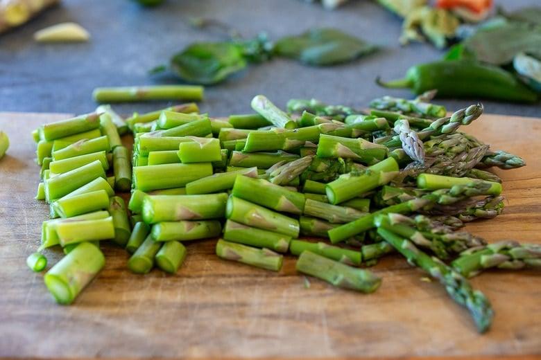chopping asparagus