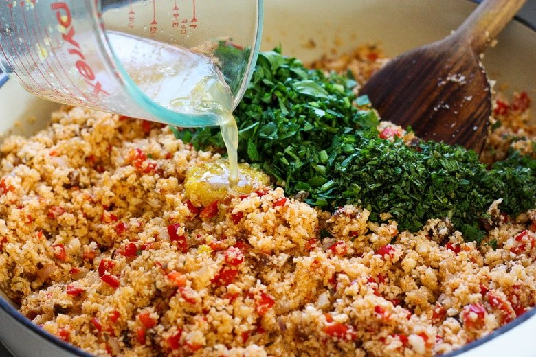 add remaining ingredients and toss to mix thoroughly.