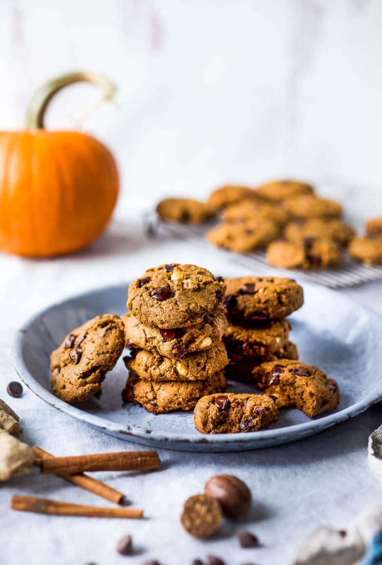 One-bowl Vegan Pumpkin Cookies with hazelnuts and chocolate chips are lightly sweetened with coconut sugar and accented with fresh ginger. These cookies are healthy, delicious, gluten-free and can be made in 30 minutes!